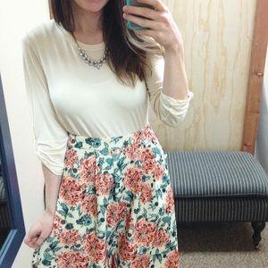 Dresses & Skirts - A line pocket skirt